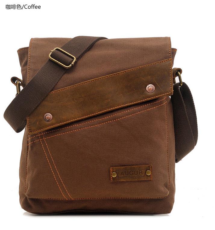 กระเป๋าสะพายไหล่ สีกาแฟ ทำด้วยผ้าแคนวาส ใบเล็ก ออกแบบสวย สะพายไหล่ไปเที่ยวหรือทำงานได้ ปรับสายสะพายได้