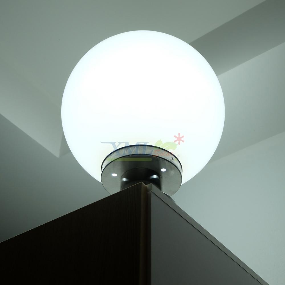 โคมไฟหัวเสา โซล่าเซลล์ ทรงกลม 35 cm. (เเสง:ขาว)