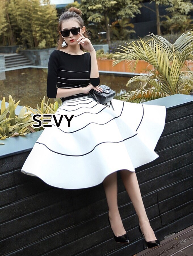 Two Pieces Of Stripes Sweater With Skirt Sets