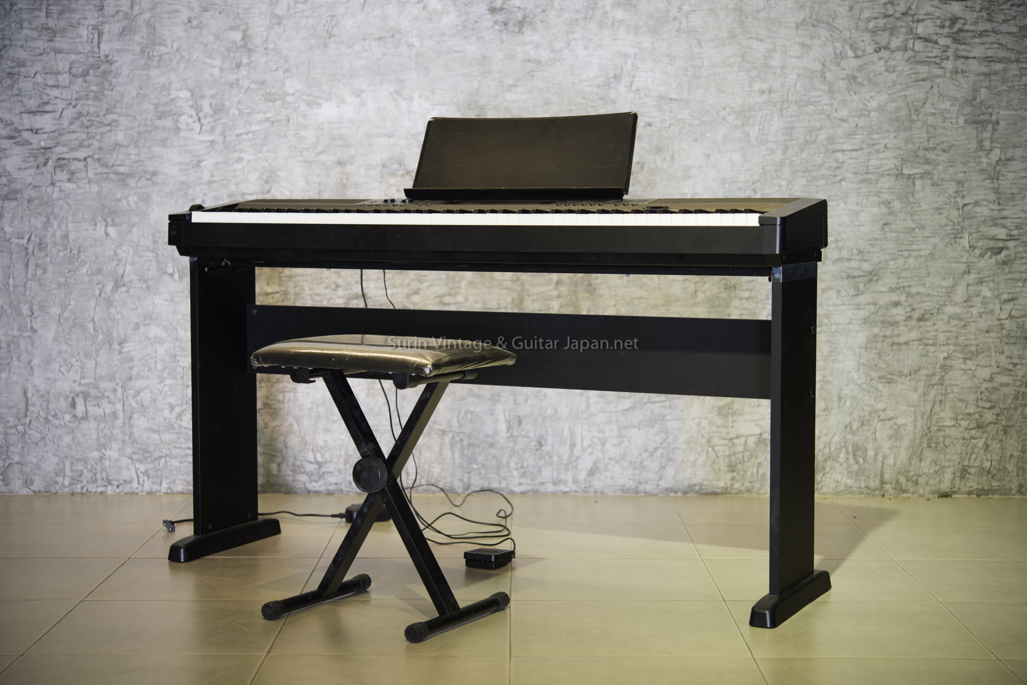 เปียโนไฟฟ้ามือสอง CASIO CDP 200R