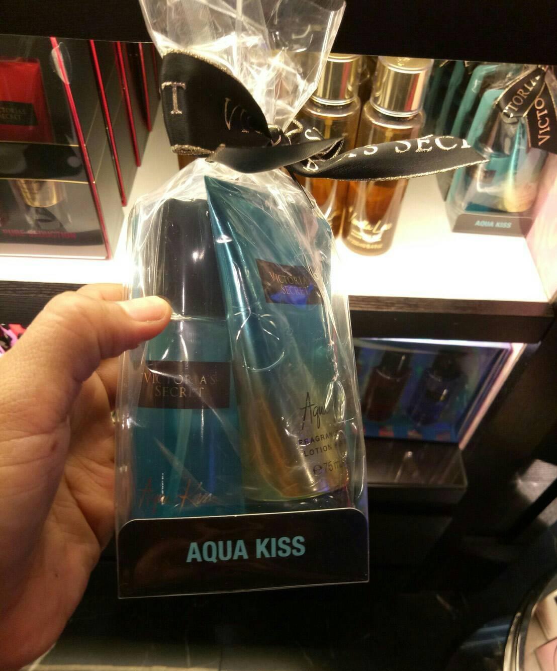 Aqua Kiss แบบ Gift Set ชุดเล็กพร้อมส่ง