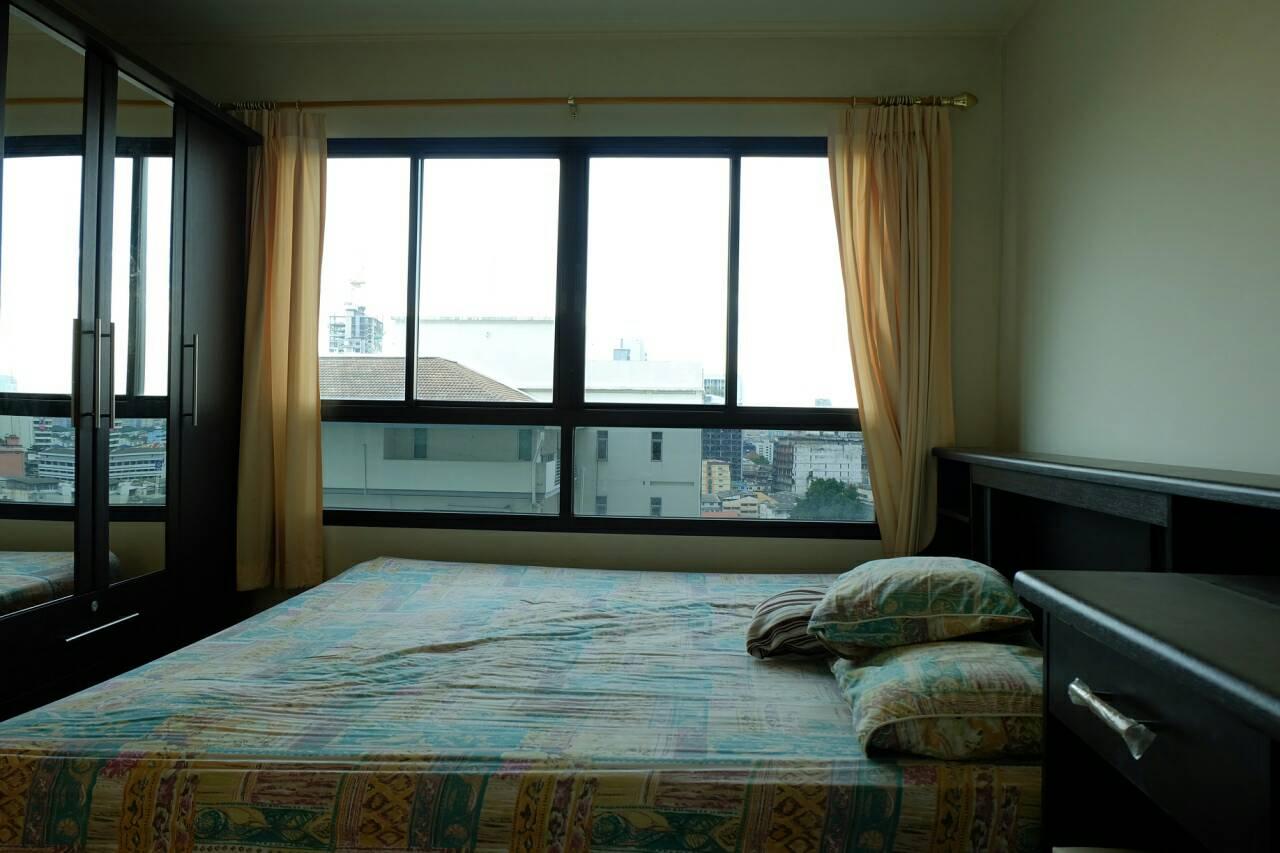 ให้เช่าคอนโด ลุมพินีพหล-สะพานควาย Lumpini Place Phahol-Saphankwai 1 ห้องนอน ขนาด ห้อง 35 ตร.ม. ตึก B ชั้น 14 ราคา 12,000 บาท/เดือน