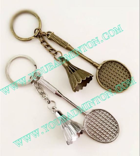 พวงกุญแจไม้แบดมินตัน+ลูกแบดมินตันโลหะ มี 2 สี