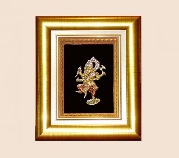 ของที่ระลึก กรอบทองพระพิฆเนศปางศิลปะร่ายรำ ขนาด 5 นิ้ว x 6 นิ้ว