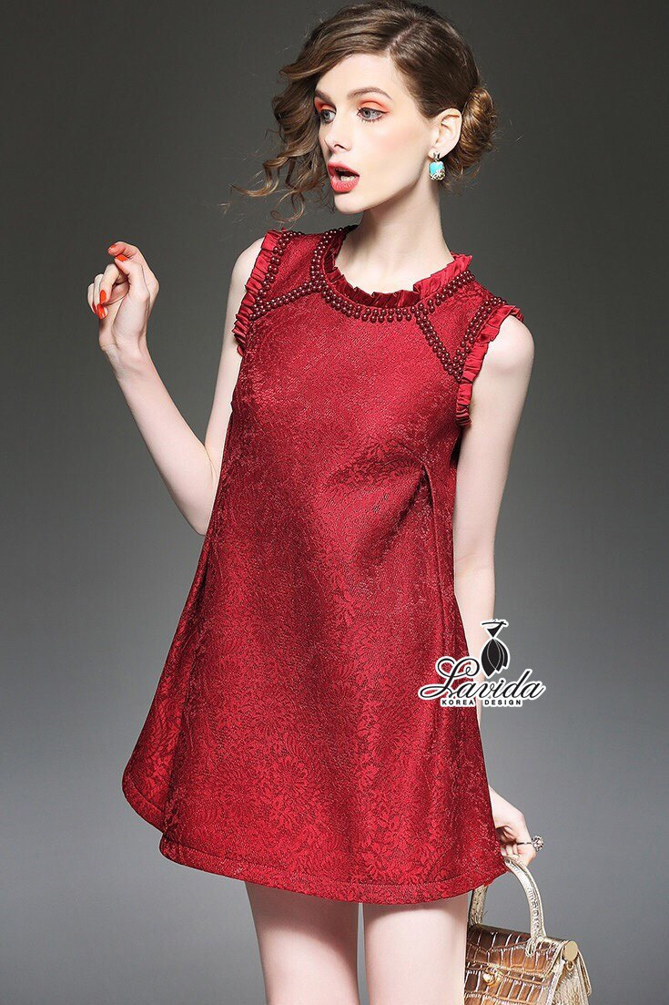 Korea Design By Lavida elegant premium lace pearl embroidered neck feminine dress สีแดง
