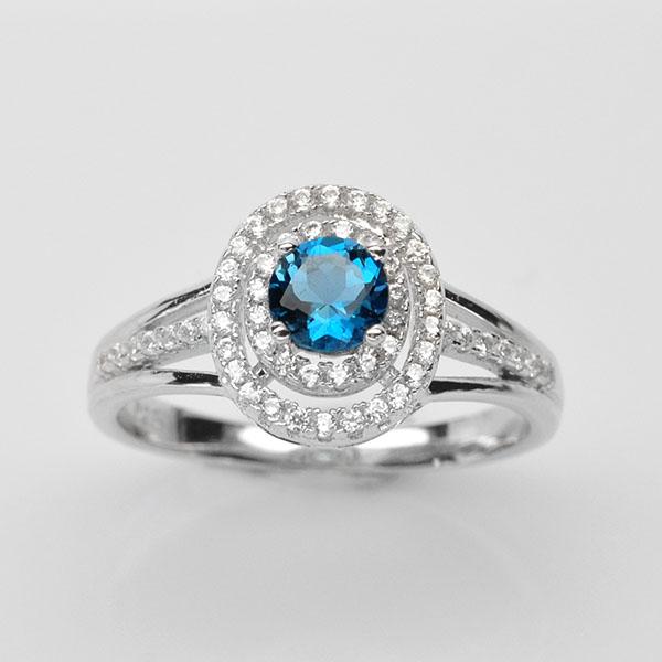 แหวนพลอยแท้ แหวนเงินแท้ 925 ชุบทองคำขาว พลอยลอนดอนบลูโทปาส ประดับเพชร CZ เกรดพรีเมี่ยม