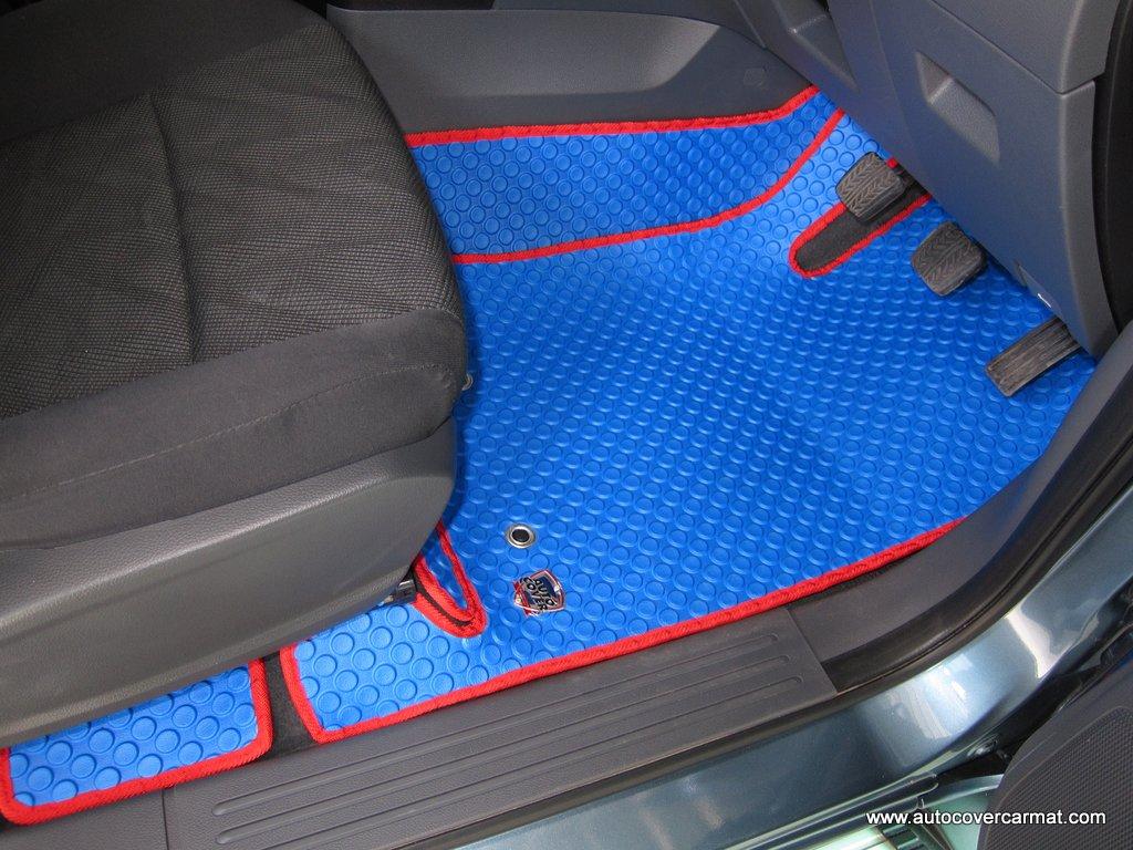 พรมกระดุม Original ชุด Full จำนวน 10 ชิ้น Ford Ranger Super Cab 2012-2018