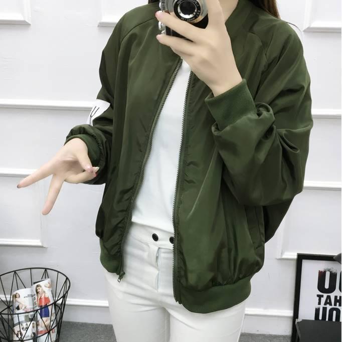 เสื้อคลุม แขนยาว ซิปหน้า ลาย what you ผ้าร่ม สีเขียว