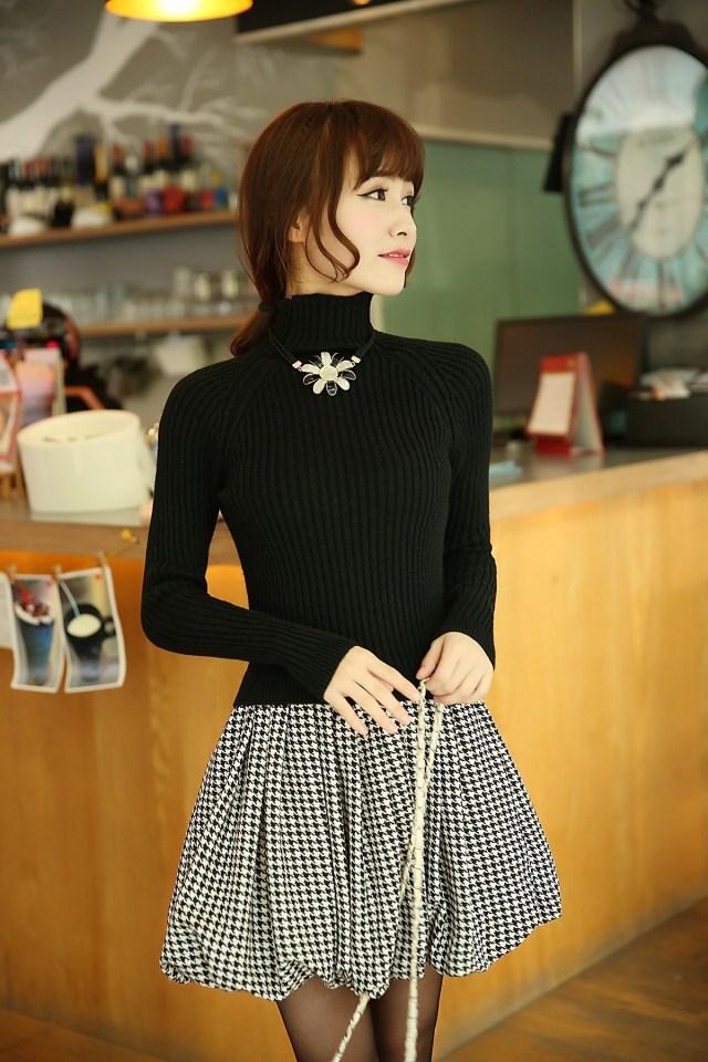 Pre-เสื้อคอเต่าแขนยาวสไตล์เกาหลี มีสีดำ ขาว เทา