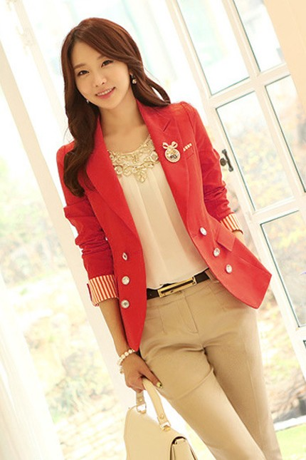 เสื้อสูทแฟชั่นผู้หญิง เสื้อสูททำงานสีแดง คอปก แต่งแขนพับลายทาง