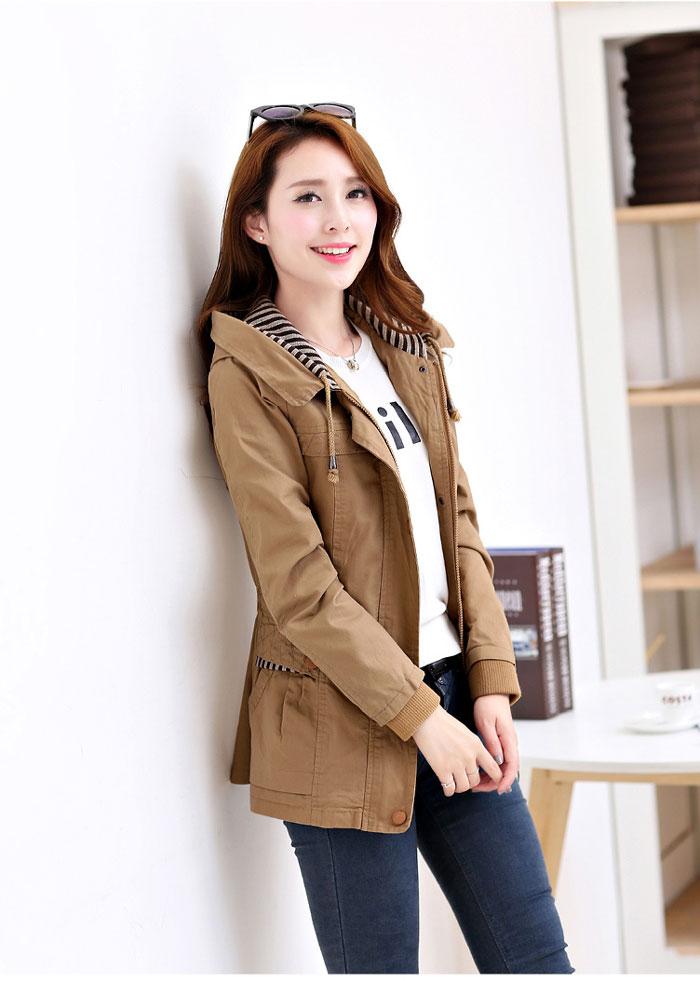 เสื้อกันหนาวผู้หญิงแฟชั่นเกาหลี สีกากี แจ็คเก็ต มีฮู้ด ลายทาง สม๊อคช่วงเอว