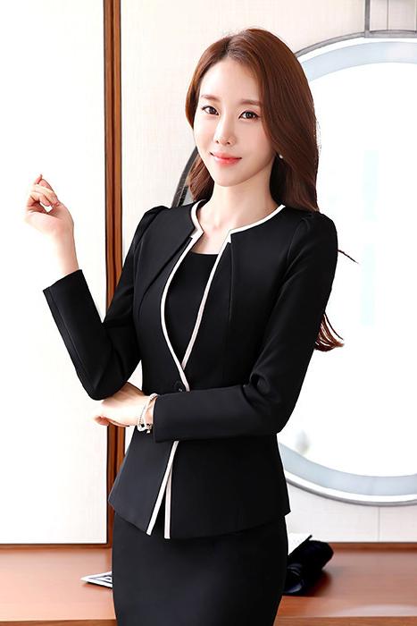 เสื้อสูทแฟชั่น เสื้อสูทผู้หญิง สีดำ คอวี แต่งขลิบสีครีม แขนยาว ใส่สบาย มีซับใน