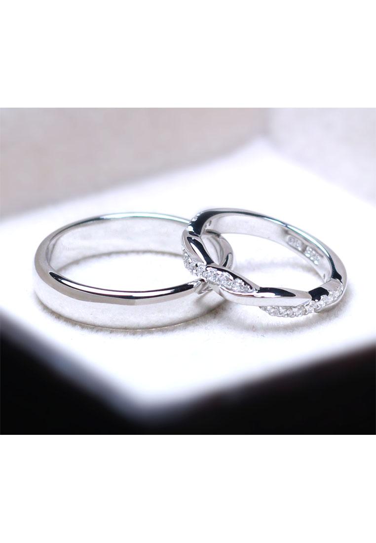 แหวนคู่รักเงินแท้ เพชรสังเคราะห์ ชุบทองคำขาว รุ่น LV14051525 Plain B & Cute Twist