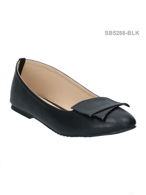รองเท้าคัทชูส้นแบน ทรงหัวมน สไตล์อังกฤษ (สีดำ )
