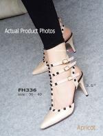 รองเท้าส้นสูงรัดข้อ สไตล์VALENTINO (สีแอปปริคอท )