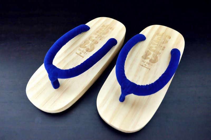 SUGOI-03 รองเท้าเกี๊ยะไม้ธรรมชาติเชือกน้ำเงิน