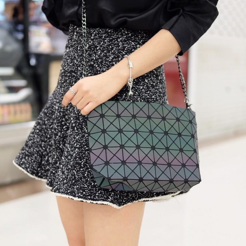 กระเป๋าสะพายแฟชั่น กระเป๋าสะพายข้างผู้หญิง bao bao mini สีรุ้ง Logo [สีรุ้ง]