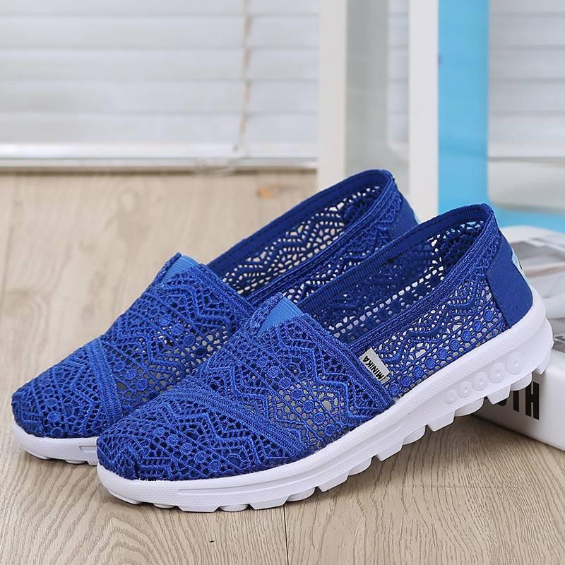 พร้อมส่ง รองเท้าผ้าใบลูกไม้สีน้ำเงิน พื้นสุขภาพ ผ้าลูกไม้โปร่งใส่สบาย แฟชั่นเกาหลี [สีน้ำเงิน ]
