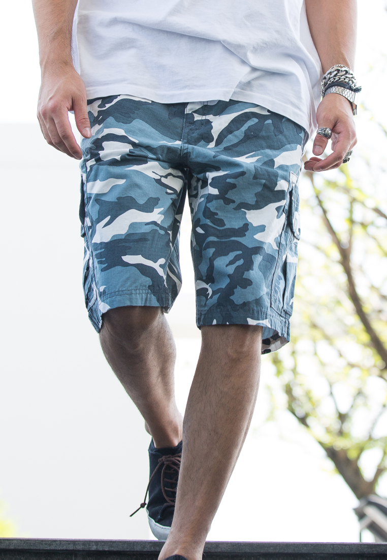 White and Blue Camo Cargo Shorts for Men - size 38