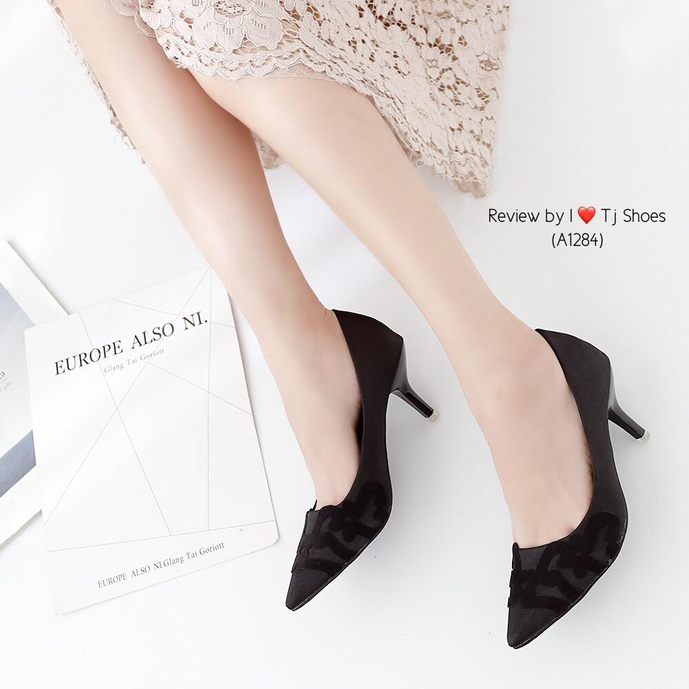 รองเท้าคัทชูส้นสูง ผ้าซาติน(สีดำ)