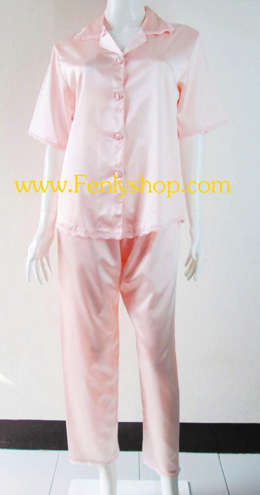 ชุดนอน(ญ)ผ้าซาตินแขนสั้นขายาวฟรีไซส์ แบบสีพื้นโทนส้มอ่อน ตกแต่งด้วยผ้าลูกไม้