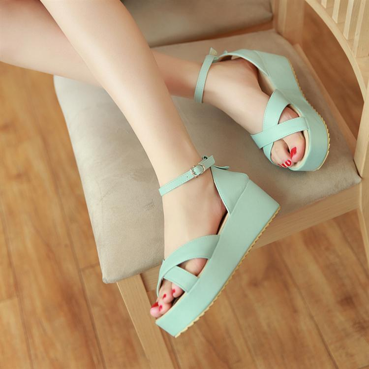 Preorder รองเท้าแฟชั่น สไตล์เกาหลี 34-43 รหัส 9DA-9700