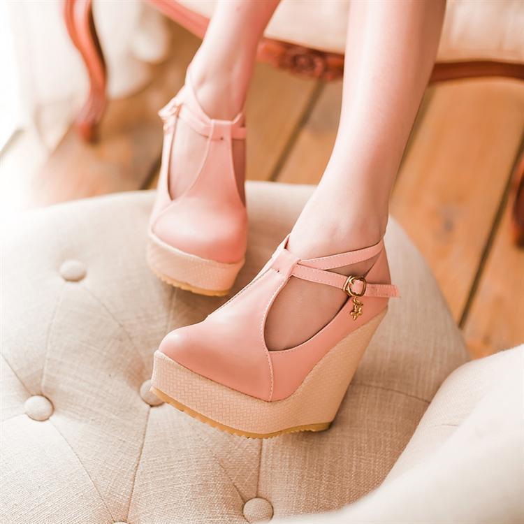 Preorder รองเท้าแฟชั่น สไตล์เกาหลี 31-43 รหัส 9DA-4938