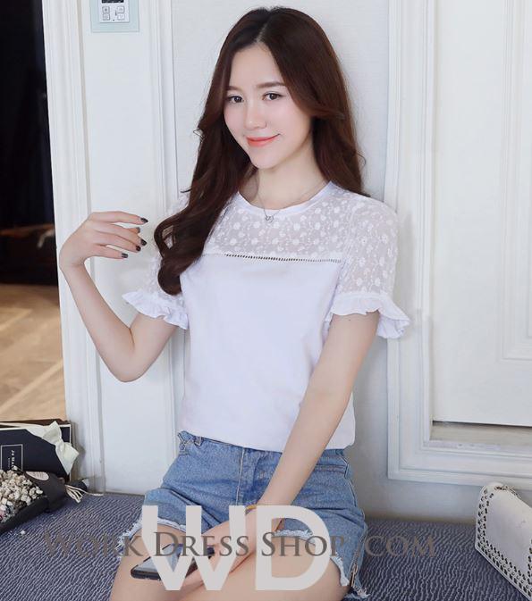 Preorder เสื้อทำงาน สีขาว คอกลม ซีทรูลายลูกไม้ช่วงไหล่ แขนสั้นแต่งระบายสวย