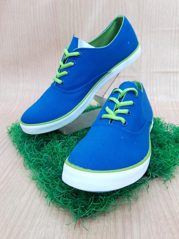 รองเท้าผ้าใบ Giallo รุ่น GM1 สีน้ำเงินเขียว