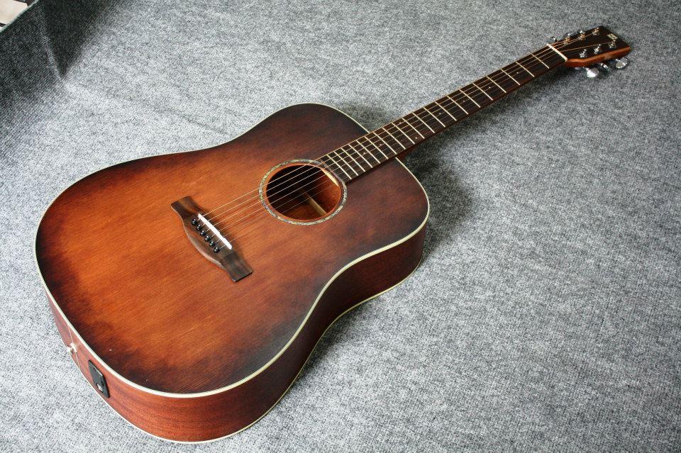 กีต้าร์โปร่ง ไฟฟ้า Electrical Guitar Sen รุ่น Profesional Top solid spruce