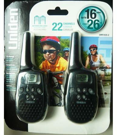 วิทยุสื่อสาร สองทาง New Uniden GMR1635-2 16-Mile 22-Channel Two-Way Radios (แถมถ่าน 6 ก้อน)