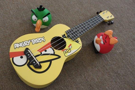 """อูคูเลเลเล่ Ukulele รุ่น Angy Bird Yellow Soprano 21"""" Basswood Aquila ฟรีกระเป๋า"""