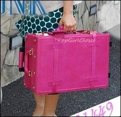 """กระเป๋าเดินทางล้อลากดีไซน์วินเทจเรโทร หนังแท้ Pigskin Japanese Style """"RED ROSE"""" ไซส์ 17, 20, 22, 24, 28, 30 นิ้ว คลาสสิคออริจินัล 2 ล้อ (Made to Order) ราคาสินค้าด้านในค่ะ"""