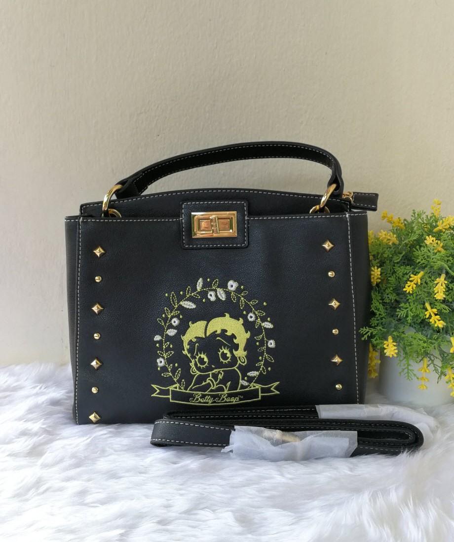 กระเป๋า Betty Boop ของแท้ 💯% พร้อมส่ง
