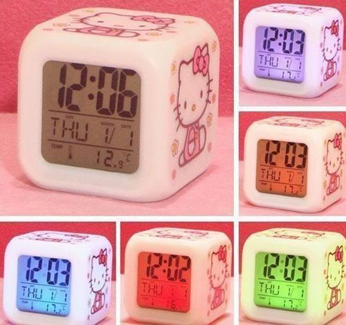 [Preorder] นาฬิกาปลุกเปลี่ยนสีได้ Hello Kitty discoloration colorful cartoon alarm clock (2 อัน/แพ็ค)