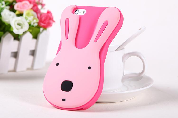 เคสไอโฟน 5/5s/SE เคสซิลิโคน กระต่ายน่ารักสีชมพูพื้นชมพู