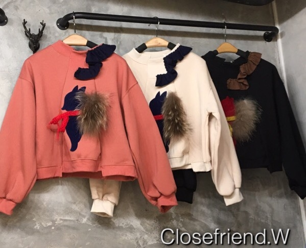 เสื้อเกาหลี พร้อมส่ง เสื้อคลุม sweater ลายกระรอก