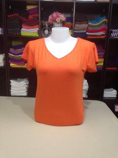 """เสื้อยืด size""""L"""" สีส้มสด"""