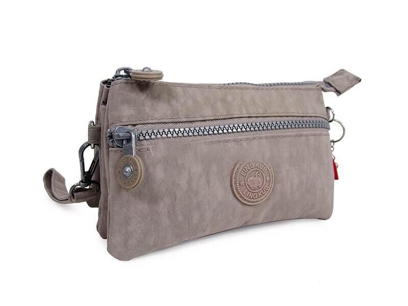 กระเป๋าคล้องมือ ผ้าเนื้อ Kipling สีเทา